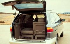 2002 Toyota Sienna exterior