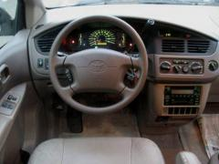 2002 Toyota Sienna Photo 4