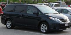 2010 Toyota Sienna Photo 4