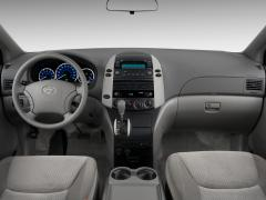 2010 Toyota Sienna Photo 5