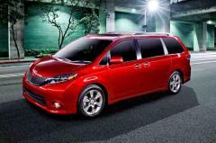 2016 Toyota Sienna Photo 1