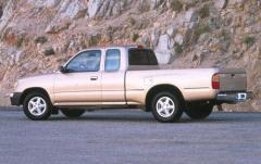 1997 Toyota Tacoma exterior