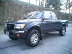 1998 Toyota Tacoma Photo 2