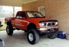 1999 Toyota Tacoma Photo 2