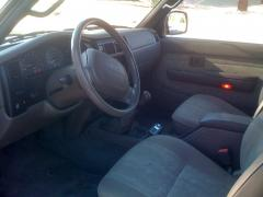 2000 Toyota Tacoma Photo 3