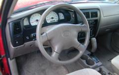 2003 Toyota Tacoma interior
