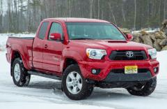 2013 Toyota Tacoma Regular Cab 2WD Photo 1