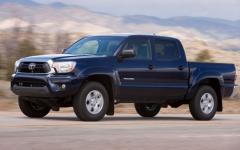 2013 Toyota Tacoma Regular Cab 2WD Photo 8