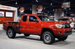2014 Toyota Tacoma Photo 2