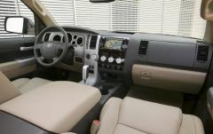 2008 Toyota Tundra interior