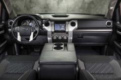 2017 Toyota Tundra SR5 4.6L V8 Double Cab 2WD interior