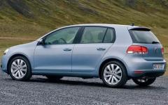2011 Volkswagen Golf 2.5L 2-Door PZEV exterior
