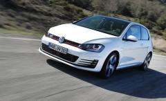 2015 Volkswagen GTI Photo 3