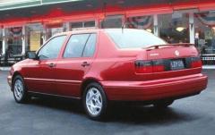 1997 Volkswagen Jetta exterior