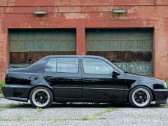 1997 Volkswagen Jetta Photo 3