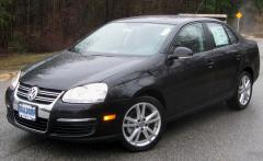 2010 Volkswagen Jetta Photo 3