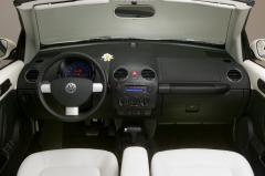 1999 Volkswagen New Beetle Photo 2