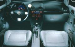1999 Volkswagen New Beetle interior