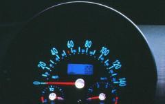 2000 Volkswagen New Beetle interior
