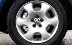 2002 Volkswagen New Beetle exterior