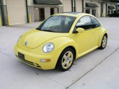 2002 Volkswagen New Beetle Photo 1
