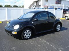 2002 Volkswagen New Beetle Photo 3