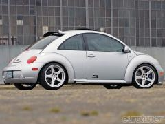 2002 Volkswagen New Beetle Photo 6