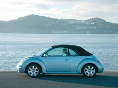 2003 Volkswagen New Beetle Photo 4