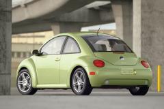 2004 Volkswagen New Beetle Photo 2