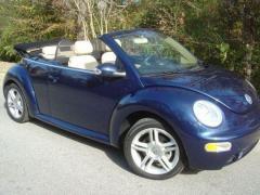 2004 Volkswagen New Beetle Photo 5