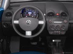 2006 Volkswagen New Beetle Photo 2