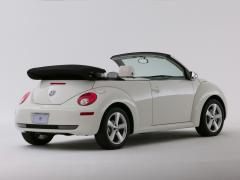 2007 Volkswagen New Beetle Photo 4