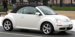 2009 Volkswagen New Beetle Photo 4