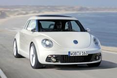 2010 Volkswagen New Beetle Photo 2