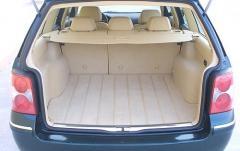 2003 Volkswagen Passat interior
