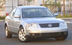 2004 Volkswagen Passat exterior