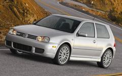 2004 Volkswagen R32 exterior