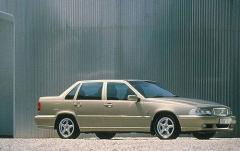 1999 Volvo S70 exterior