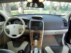 2010 Volvo XC60 Photo 2