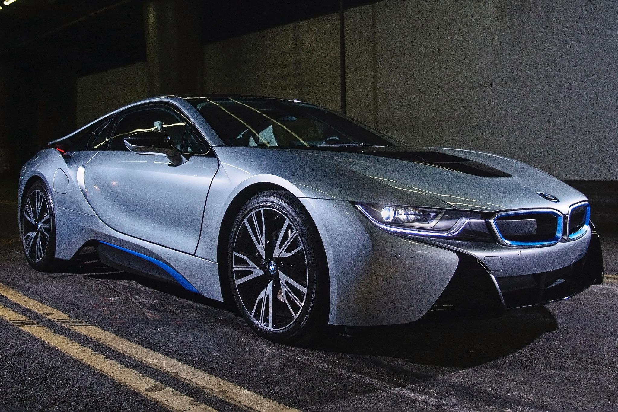 2014 BMW i8 VINs, Configurations, MSRP & Specs - AutoDetective