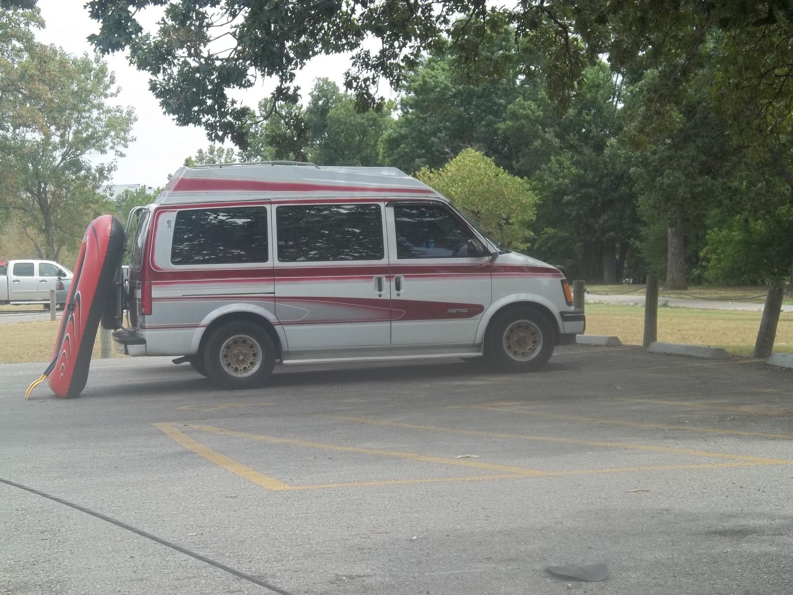 1992 Chevrolet Astro Cargo Van Photo 5