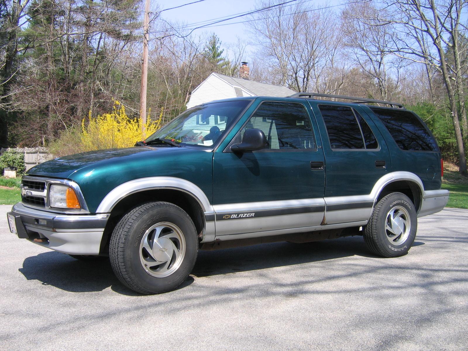 1997 Chevrolet Blazer 2-Door 2WD