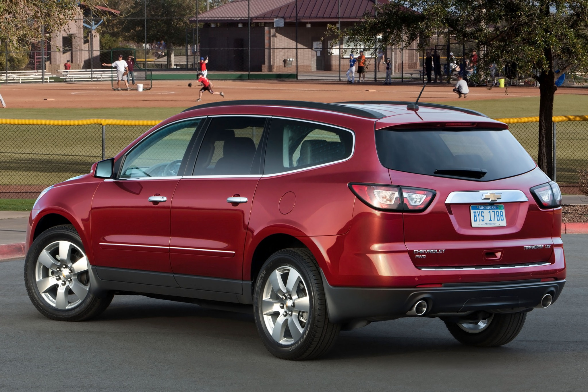2015 Chevrolet Traverse LS FWD W/PDC VIN Lookup