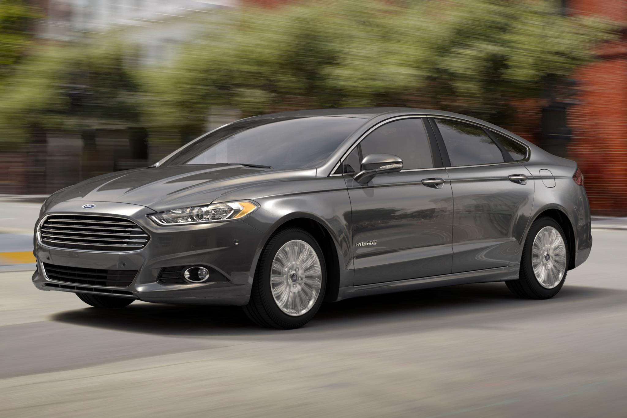 2017 Ford Fusion Hybrid Anium Exterior