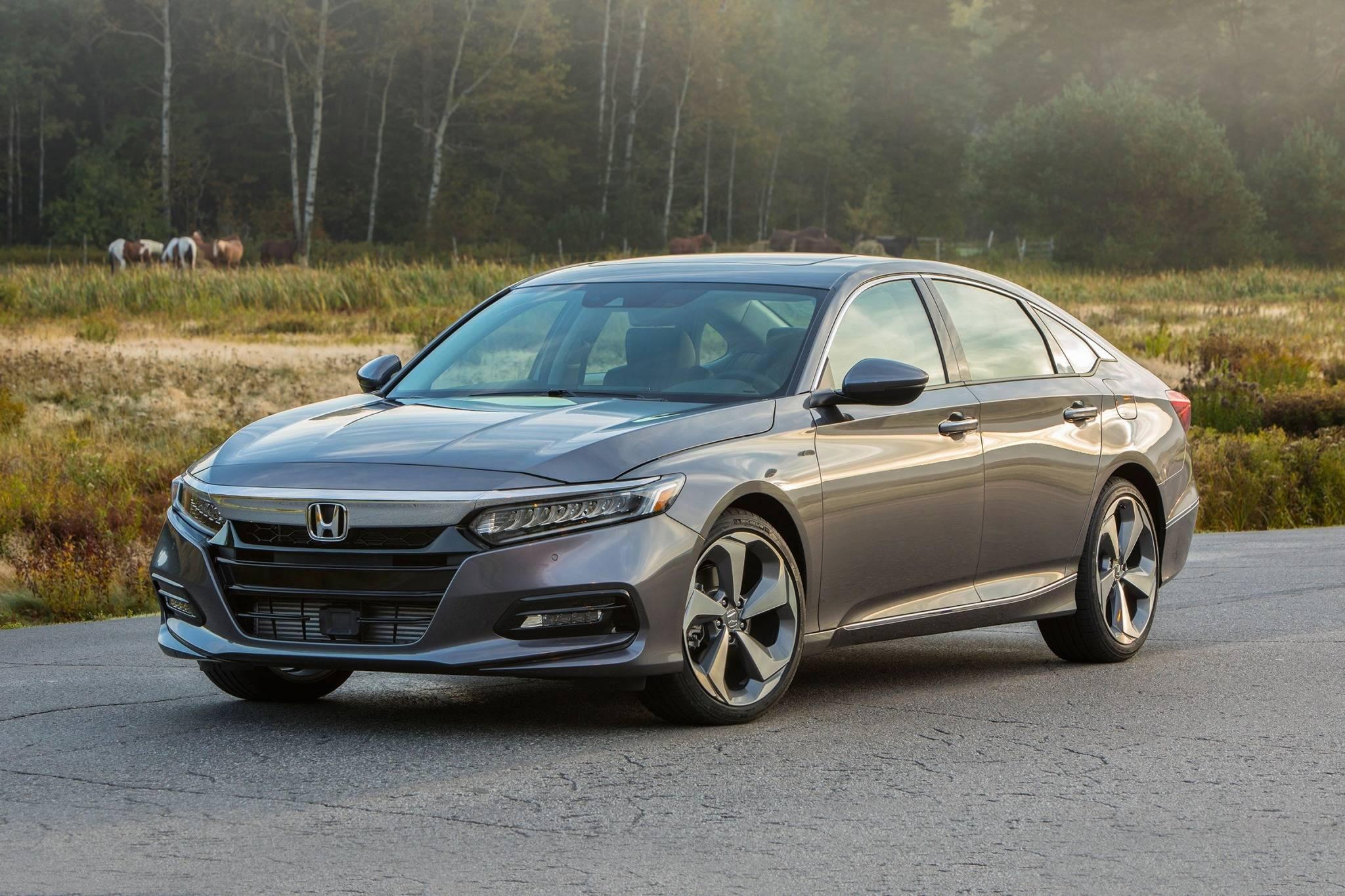 2018 Honda Accord VINs, Configurations, MSRP & Specs ...