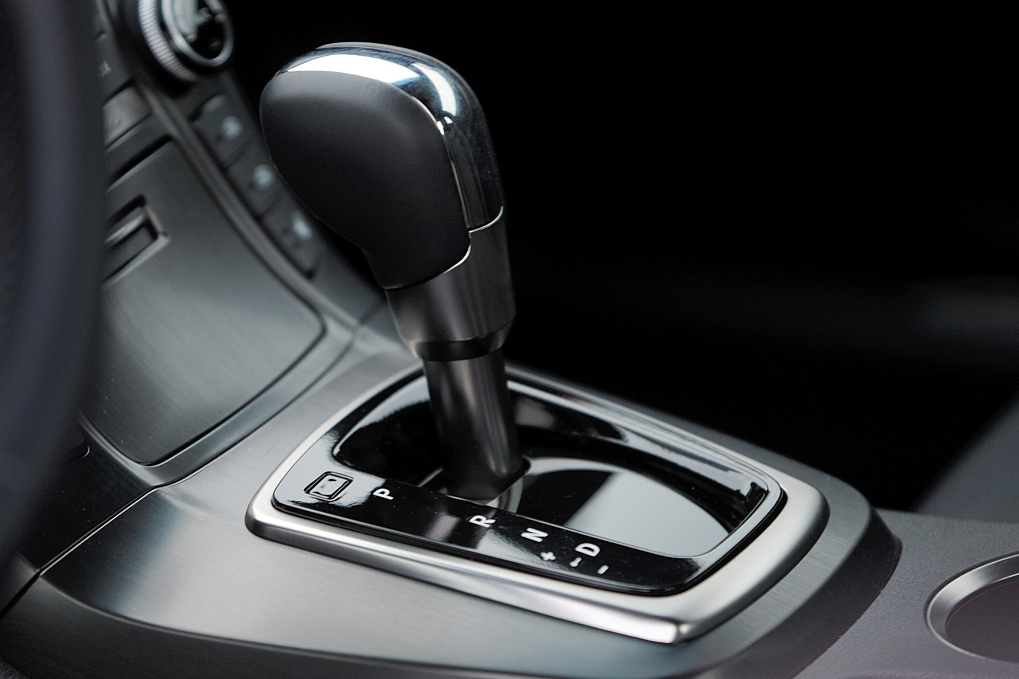 2016 hyundai genesis coupe 3 8 6mt vin lookup autodetective - 2016 hyundai genesis sedan interior ...
