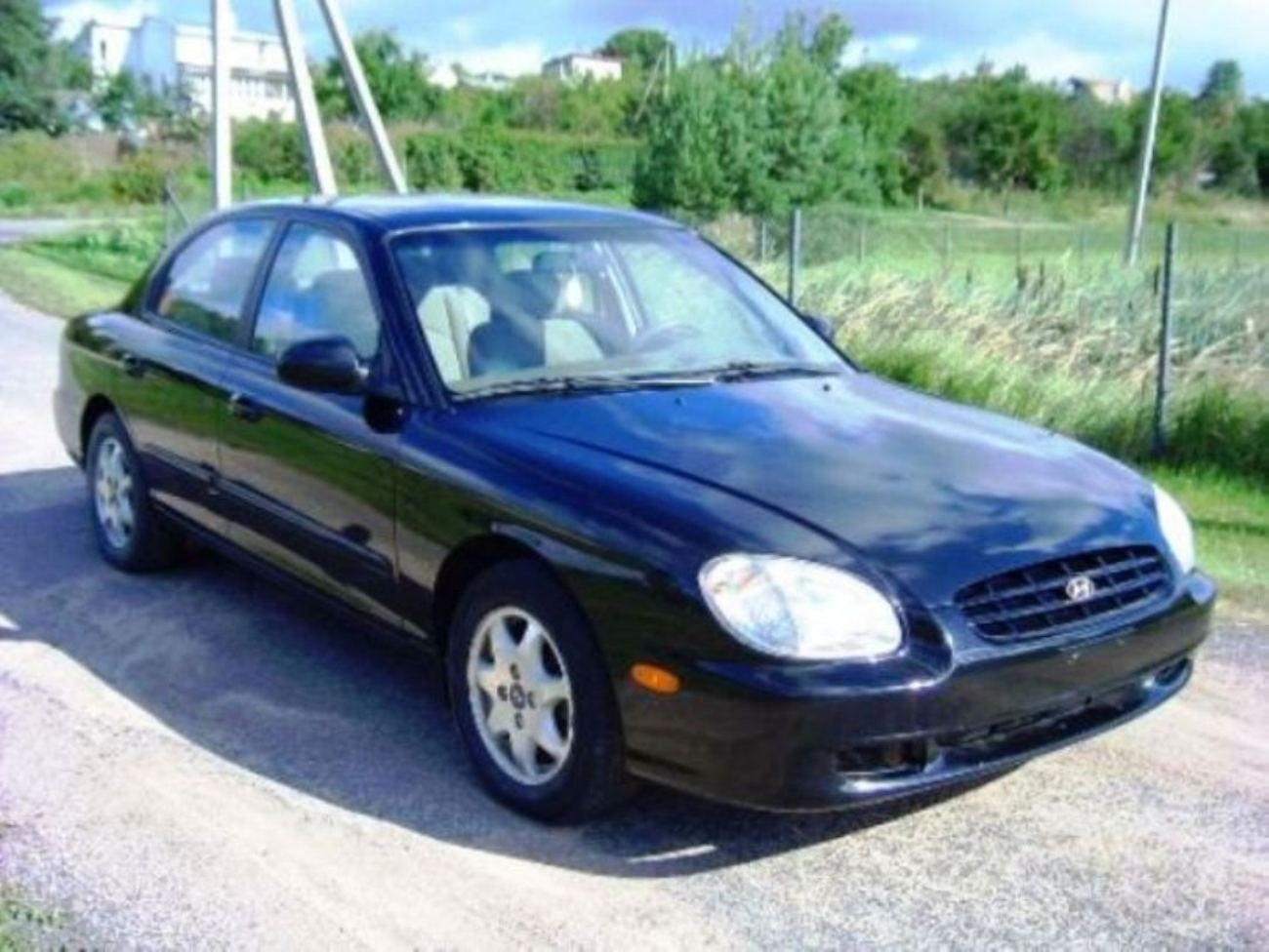 2001 hyundai sonata base photo 6