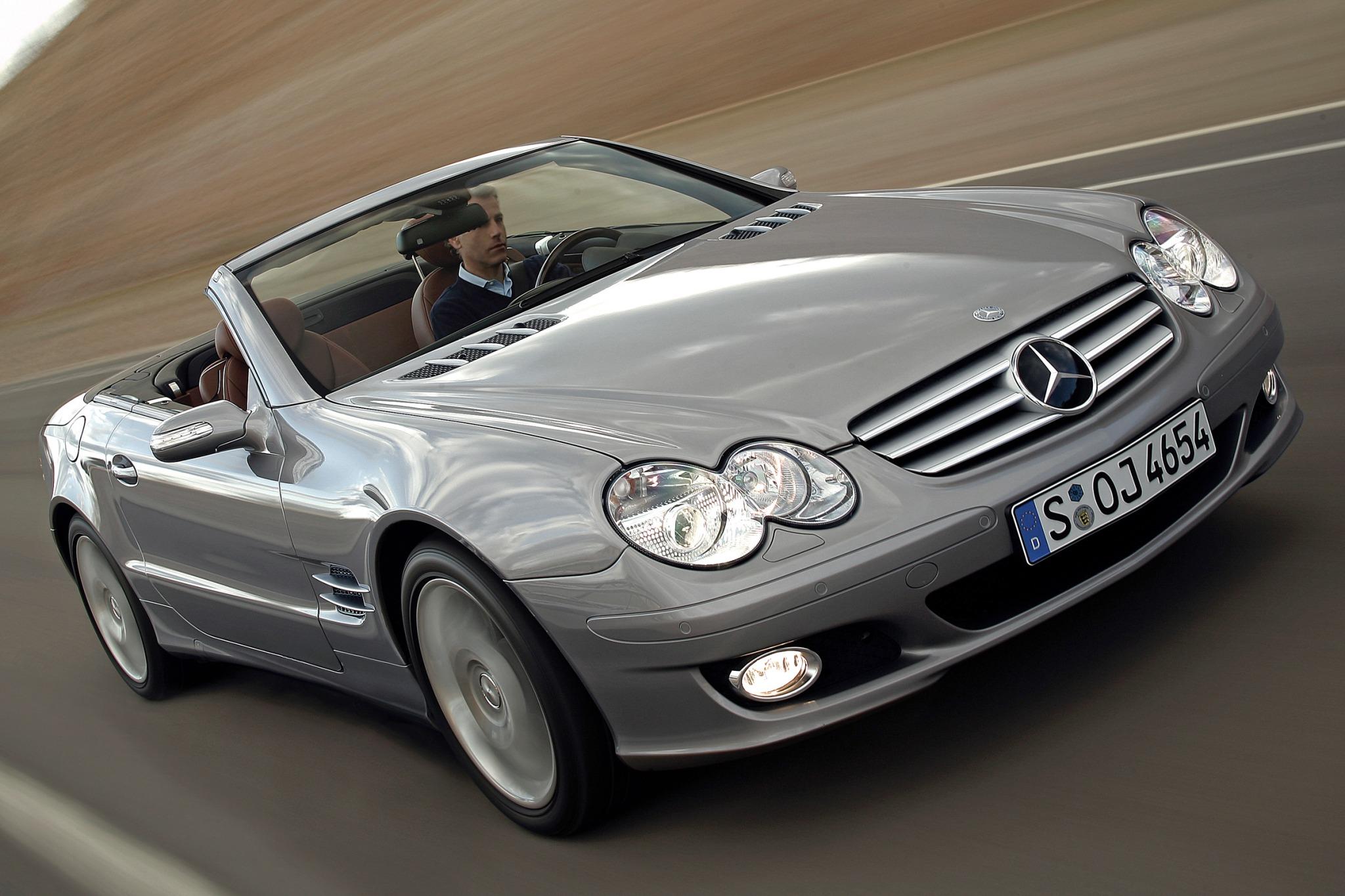 2007 Mercedes-Benz SL-Class SL55 AMG VIN Lookup - AutoDetective