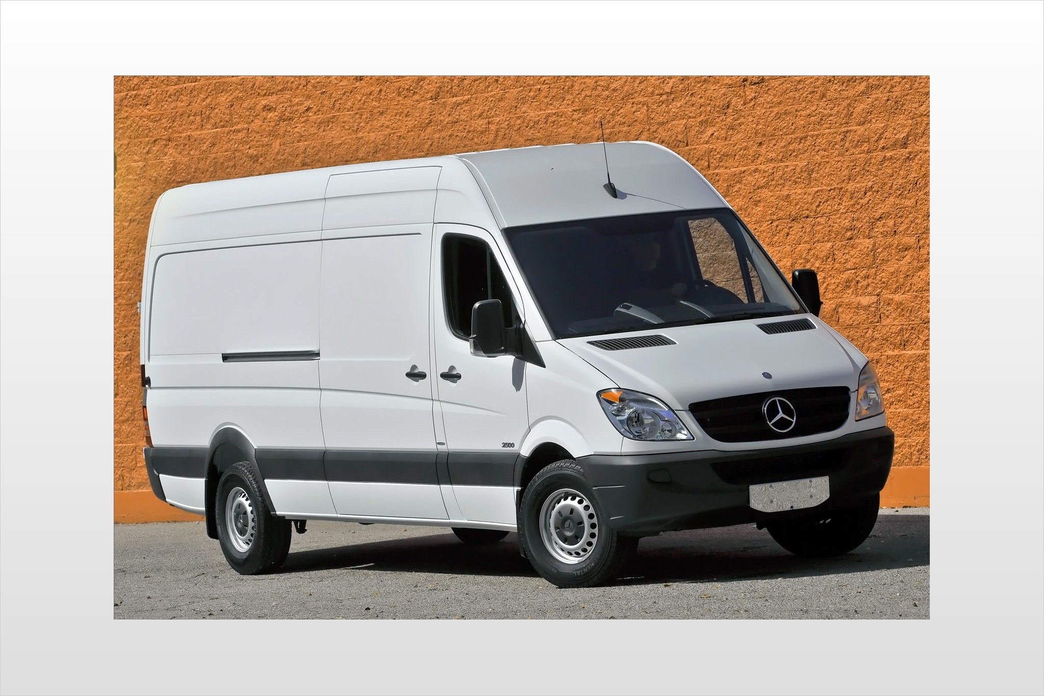3ee5a8c288 2013 Mercedes-Benz Sprinter 2500 High Roof 144-in. WB VIN check ...