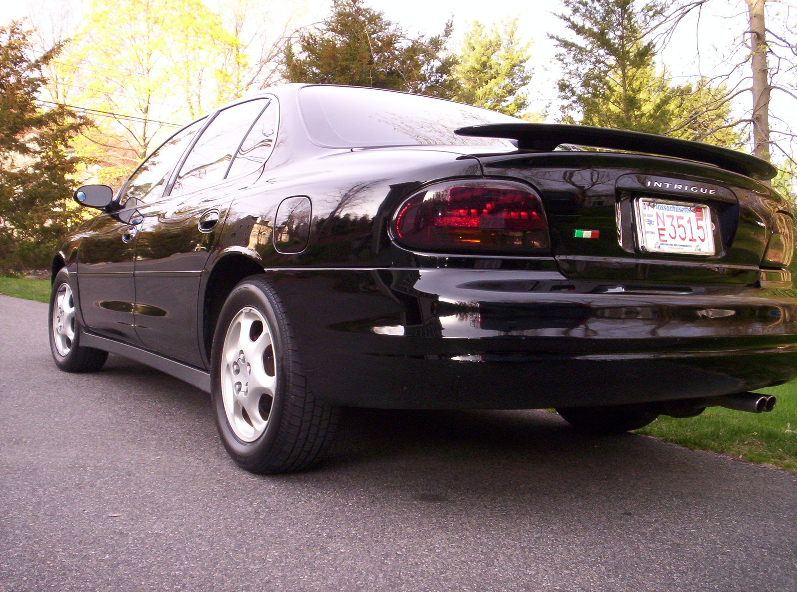 1999 Oldsmobile Intrigue Gx Photo 3